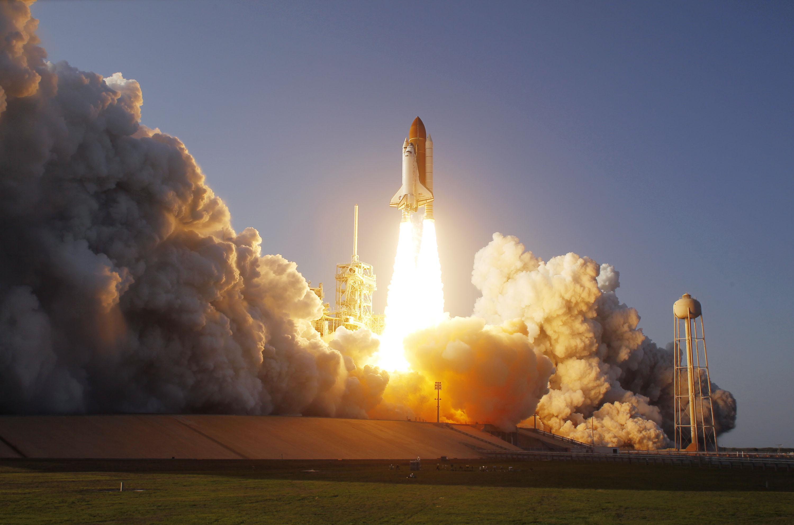 NASA Rocket Taking Off (page 3) - Pics about space