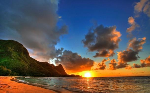 Sunset over Tunnels Beach on Kauai, Hawaii
