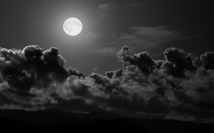Full Moon & Clouds