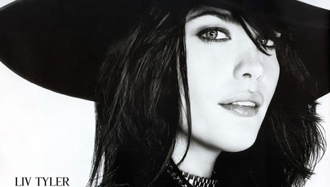 Liv-Tyler-In-Black-And-White