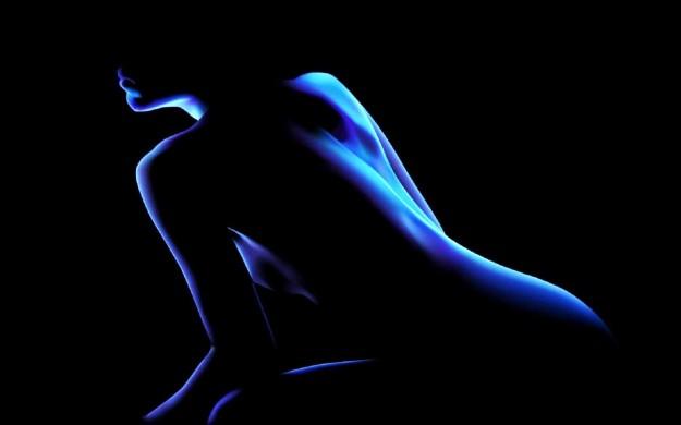 Outline of naked female body.