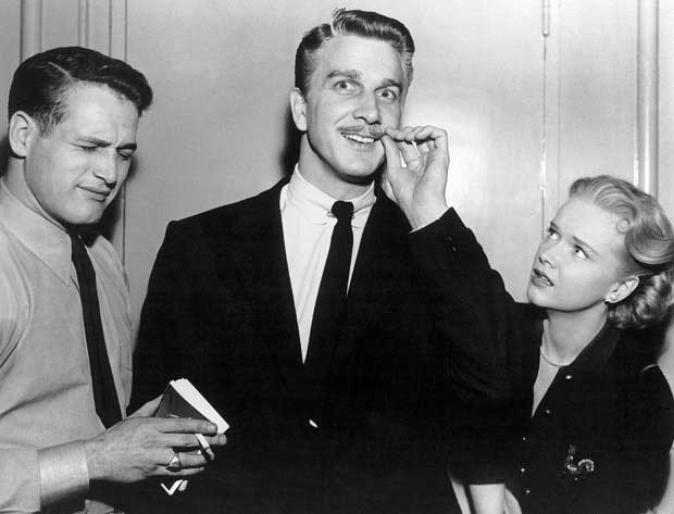 Paul Newman, Leslie Nielsen and Anne Frank on the set of The Rock.